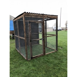 Free Standing Waterproof Chicken Run / Bird Aviary 6ft x 6ft 16G