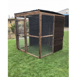 4 fully boarded panels, 3 mesh panels, 1 door and 2 black waterproof roof 6ft 16G