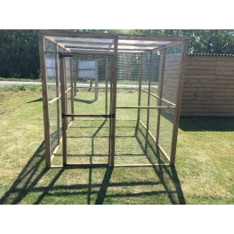 Animal run / enclosure 6ft x 9ft with door.