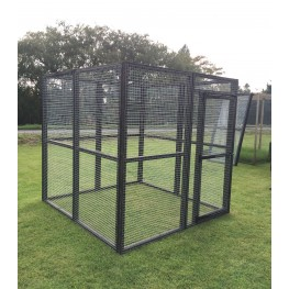 Black Fox / Dog Safe 6ft x 6ft 16G Rabbit Chicken Run