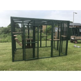 Green PVC Cat Catio Play Pen 6ft x 9ft