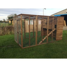 Cat Run With Raised Sleeping Box 6FT x 9FT