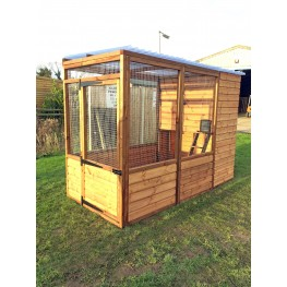 Luxury Cat Run With Raised Sleeping Box 4ft x 8ft Clear Roof