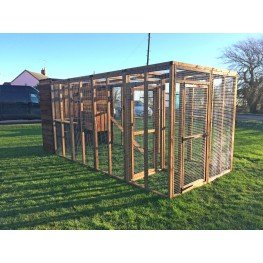 Cat Run With Sleeping box 14ft+ Internal Safety Door