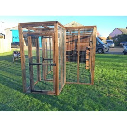 Cat Run With Sleeping box 14ft+ External Safety Door